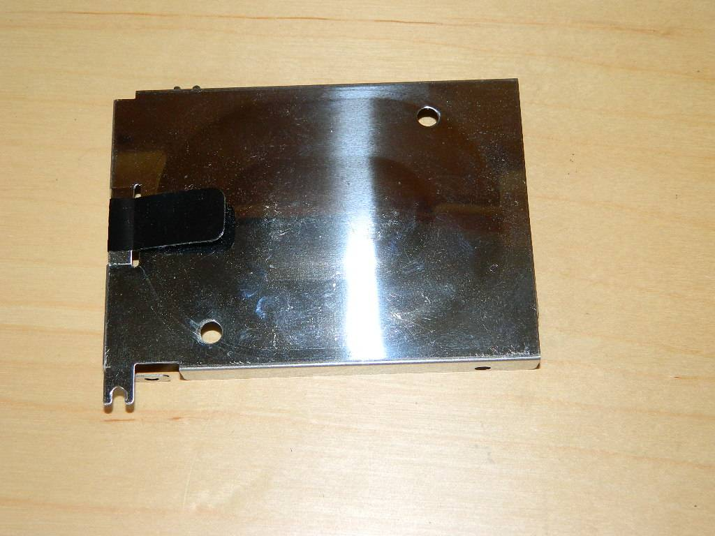 Toshiba Satellite P300-1H0 Caddy disque dur (1)